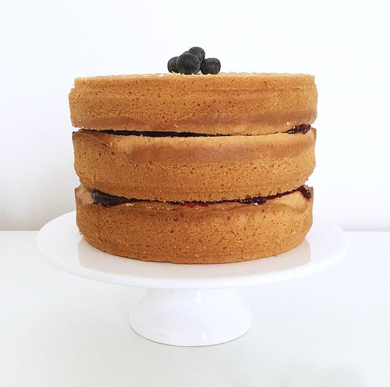 Basic Cake Recipe for Naked Cake, Drip Cake and Motive Cake