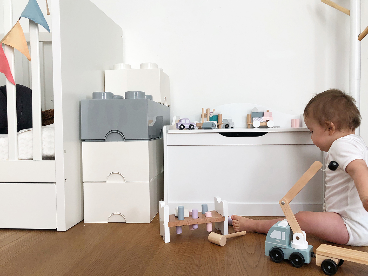 Magnificent Kids Room Make Over With Jollyroom Download Free Architecture Designs Grimeyleaguecom