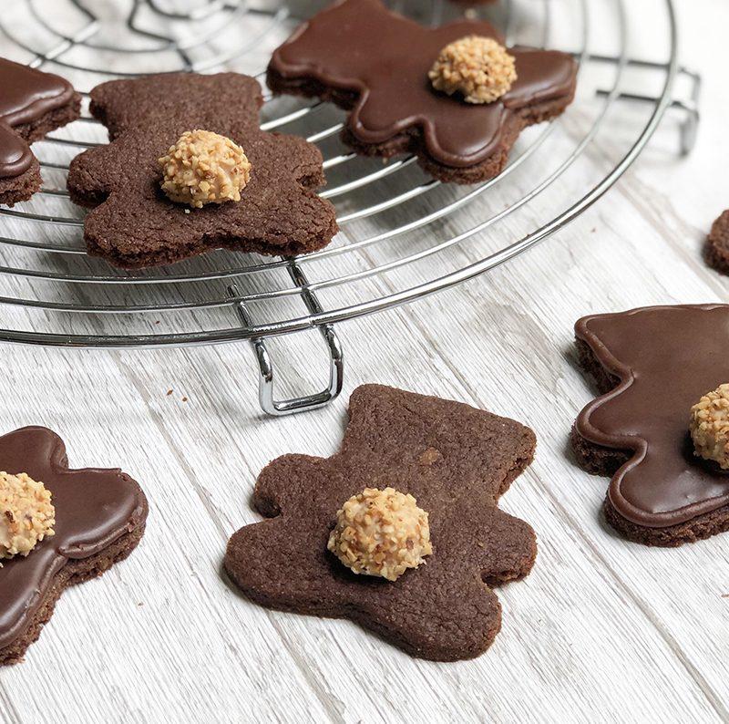 Schokoladen Mürbteig für zuckersüße Bären-Kekse