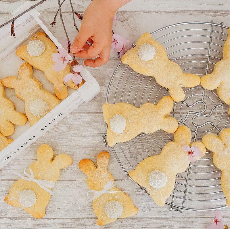 Quarkhasen zu Ostern mit Raffaello-Schwänzchen